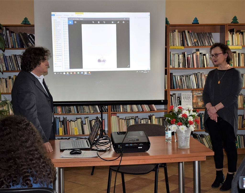 dr-Krzysztof-Gebura-gmina-brody-biblioteka005.JPG