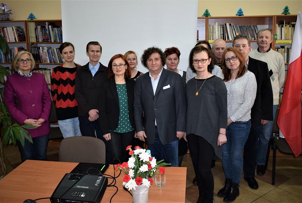 dr-Krzysztof-Gebura-gmina-brody-biblioteka006.JPG
