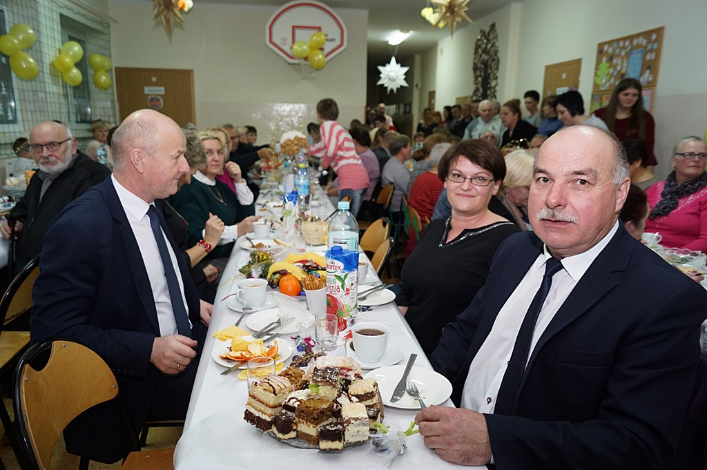 gminny-dzien-seniora-sp-lipie-35.JPG
