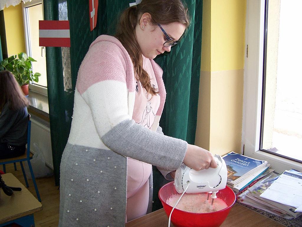warsztaty-kulinarne-sp-krynki10.JPG