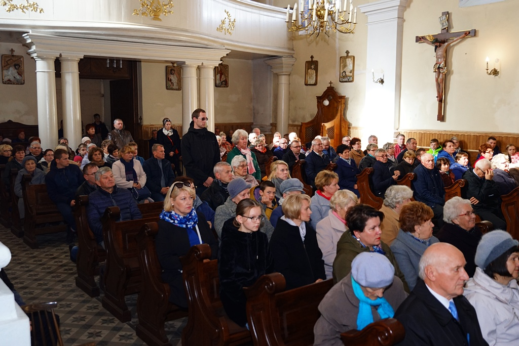 70-lat-meski-chor-parafialny-krynki-20-lat-szymon-pochec-DSC08380.JPG