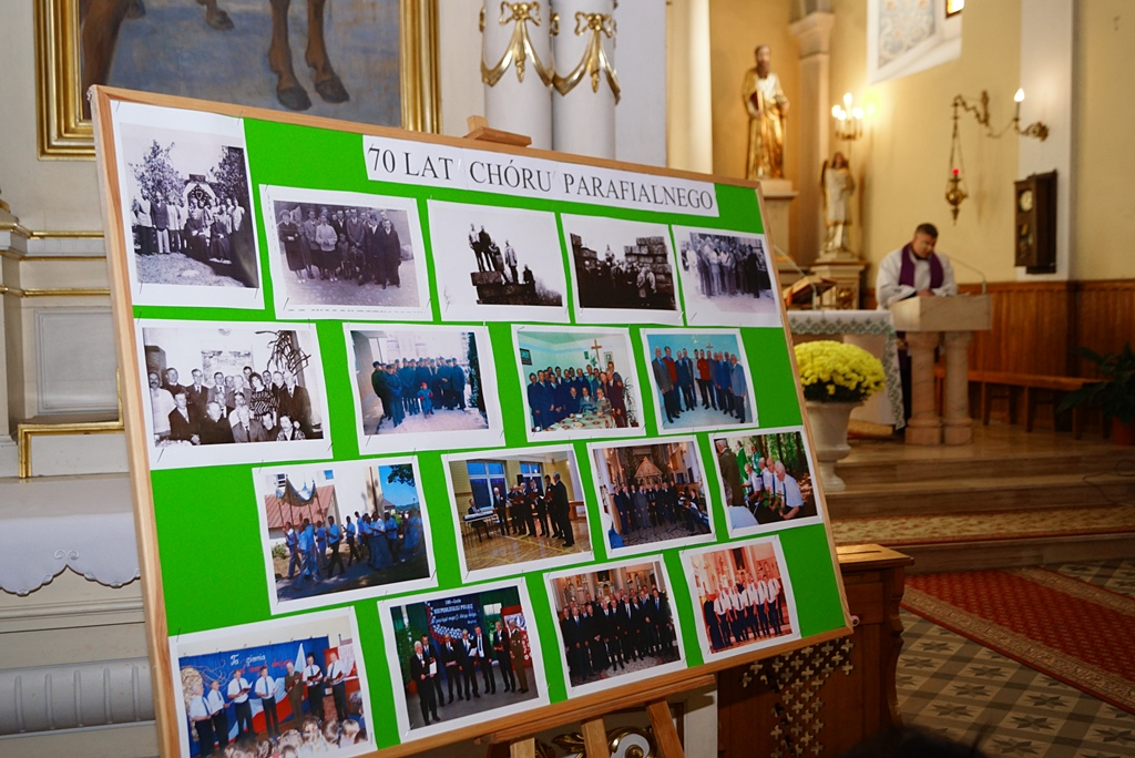 70-lat-meski-chor-parafialny-krynki-20-lat-szymon-pochec-DSC08383.JPG