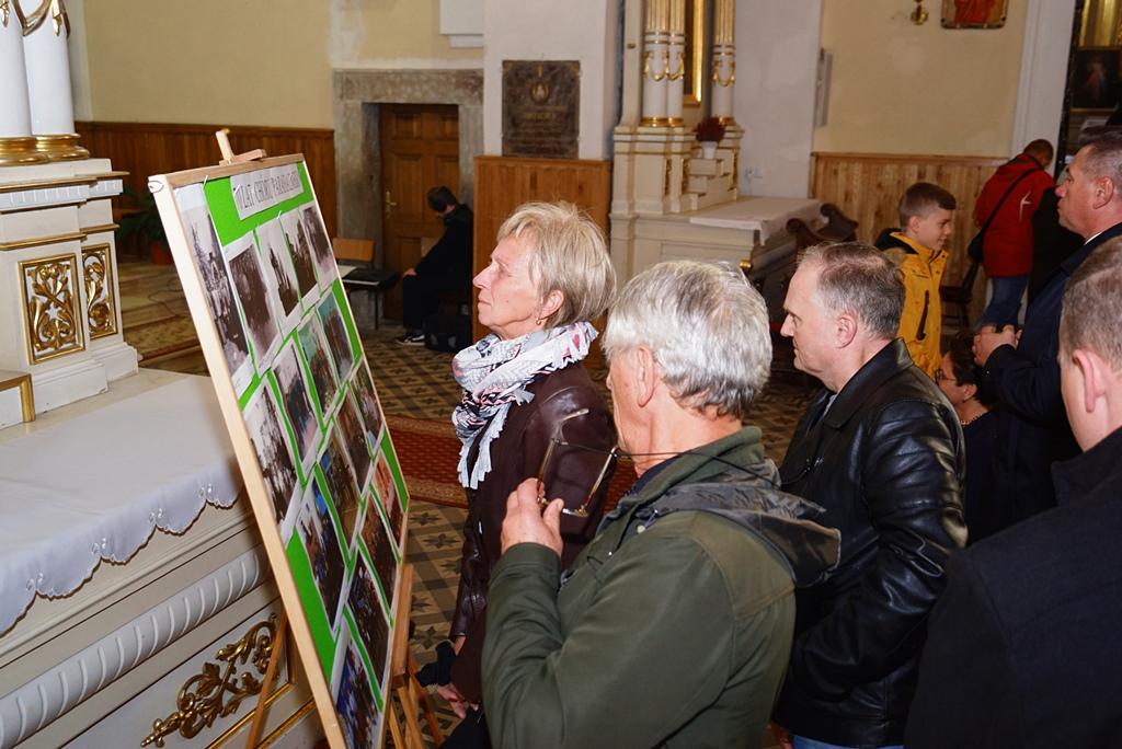 70-lat-meski-chor-parafialny-krynki-20-lat-szymon-pochec-DSC08413.JPG