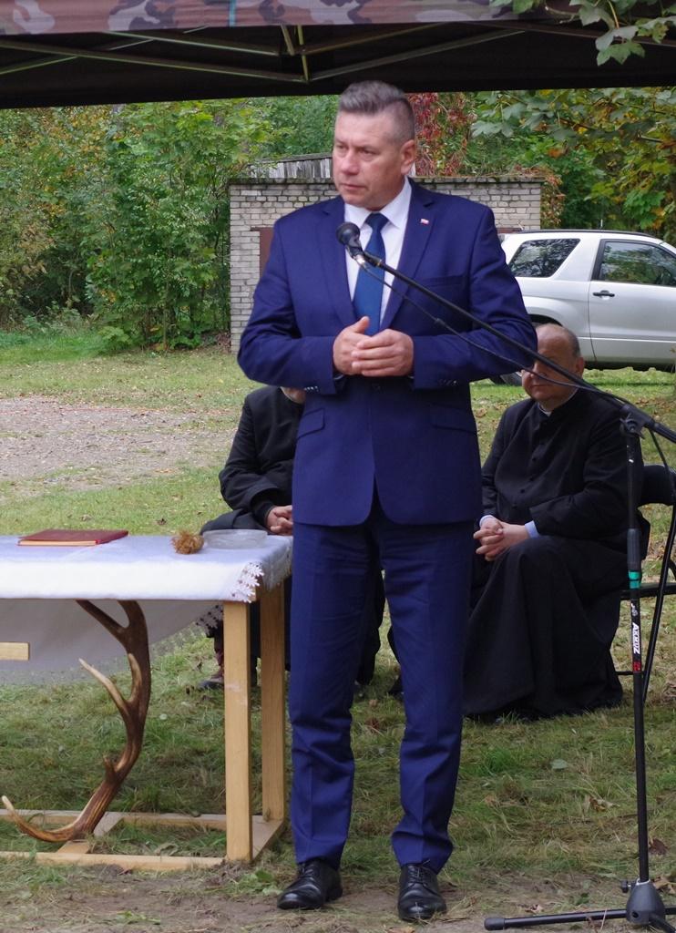 odsloniecie-pomnika-majora-dobrzanskiego-hubala-polagiew-gmina-brody-powiat-starachowickiIMGP7893.JPG