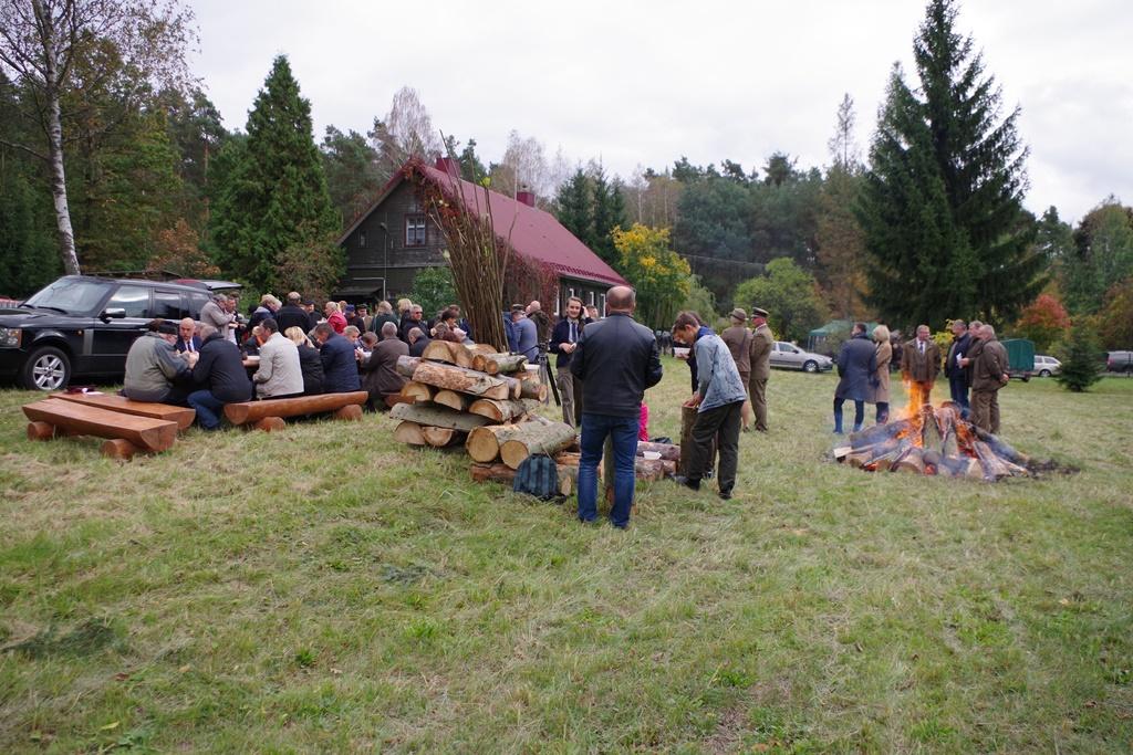 odsloniecie-pomnika-majora-dobrzanskiego-hubala-polagiew-gmina-brody-powiat-starachowickiIMGP8150.JPG