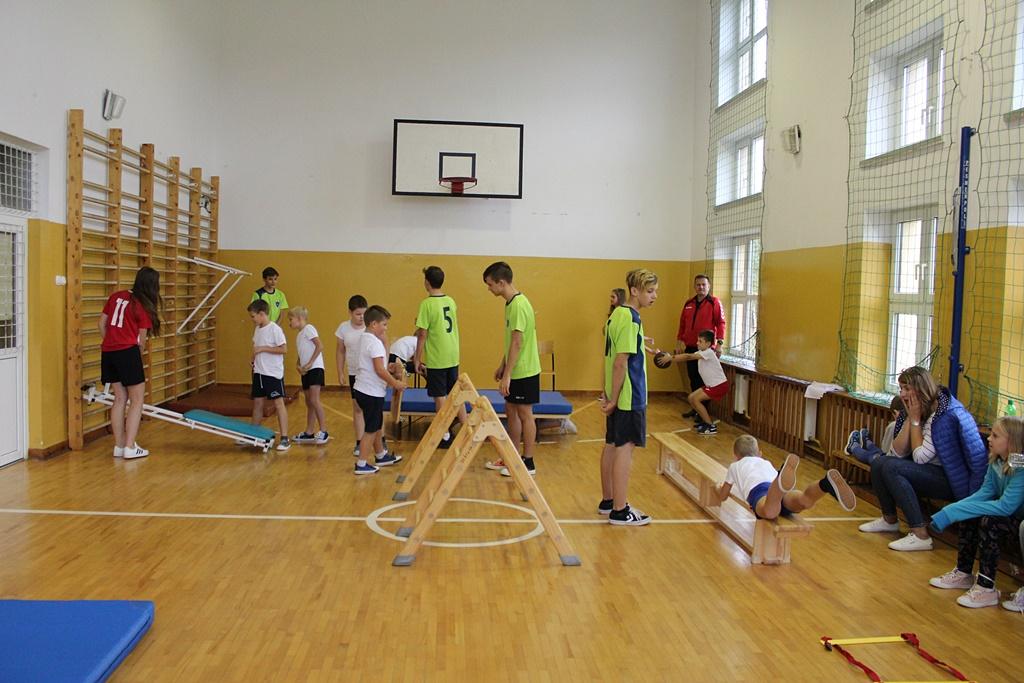 tydzien-sportu-szkola-podstawowa-w-adamowie-gmina-brody-powiat-starachowickiIMG_8291.JPG
