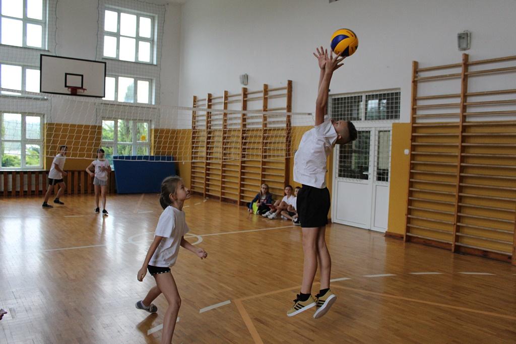 tydzien-sportu-szkola-podstawowa-w-adamowie-gmina-brody-powiat-starachowickiIMG_8329.JPG