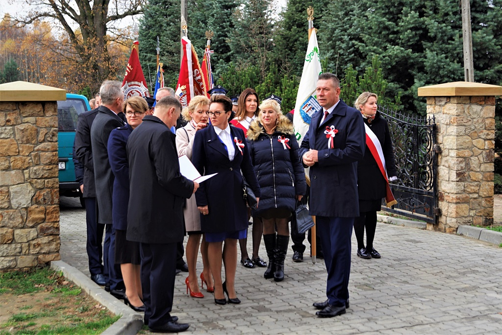 piate-gminne-obchody-narodowego-swieta-niepodleglosci-gmina-brody-powiat-starachowicki20191111-115621.JPG