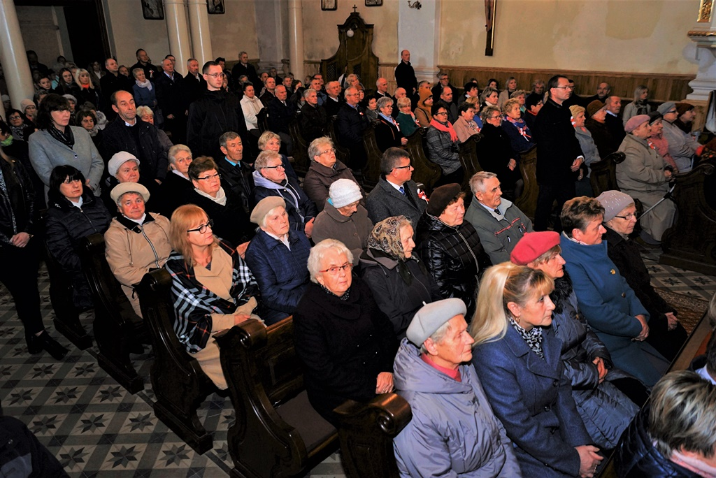 piate-gminne-obchody-narodowego-swieta-niepodleglosci-gmina-brody-powiat-starachowicki20191111-122009.JPG