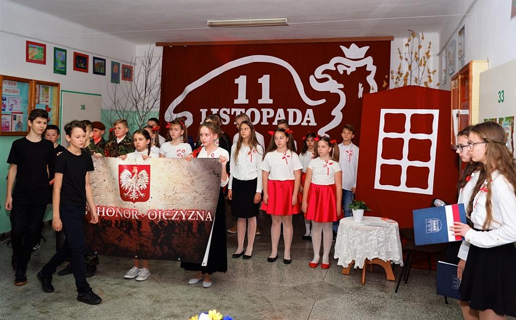 piate-gminne-obchody-narodowego-swieta-niepodleglosci-gmina-brody-powiat-starachowicki20191111-142405.JPG