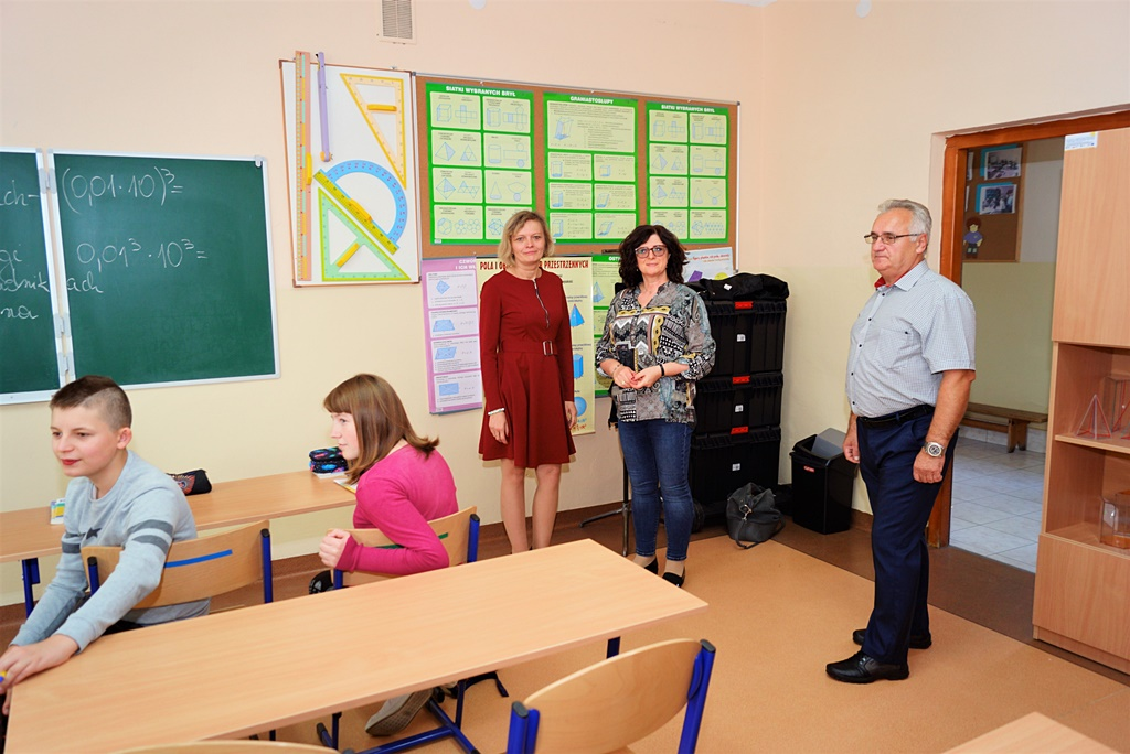 spotkanie-edukacyjne-uzaleznienia-stowarzyszenie-azyl-gmina-brody-powiat-starachowickiDSC07510.JPG