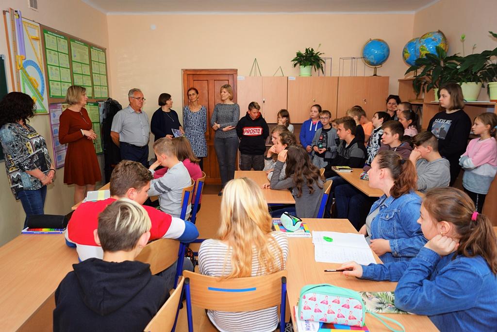 spotkanie-edukacyjne-uzaleznienia-stowarzyszenie-azyl-gmina-brody-powiat-starachowickiDSC07527.JPG