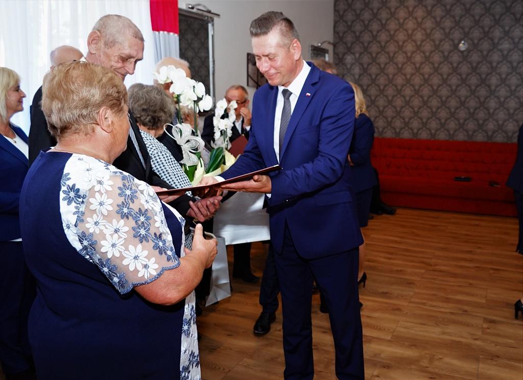 zloci-jubilaci-2019-gmina-brody-powiat-starachowicki041.JPG