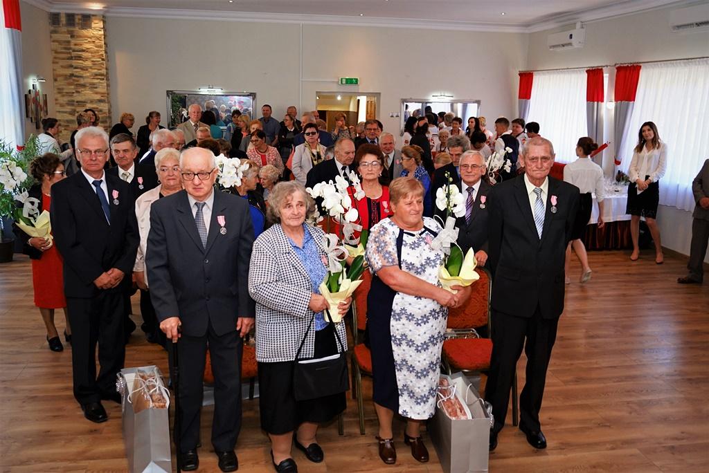 zloci-jubilaci-2019-gmina-brody-powiat-starachowicki048.JPG
