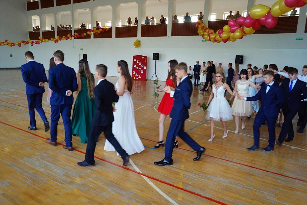 bal-absolwentow-zsp-krynki-2019-gmina-brodyDSC01719.JPG