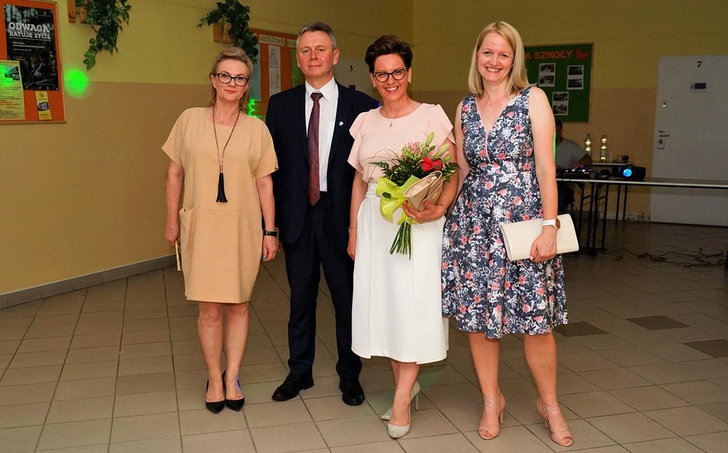 bal-absolwentow-zsp-krynki-2019-gmina-brodyDSC01984.JPG