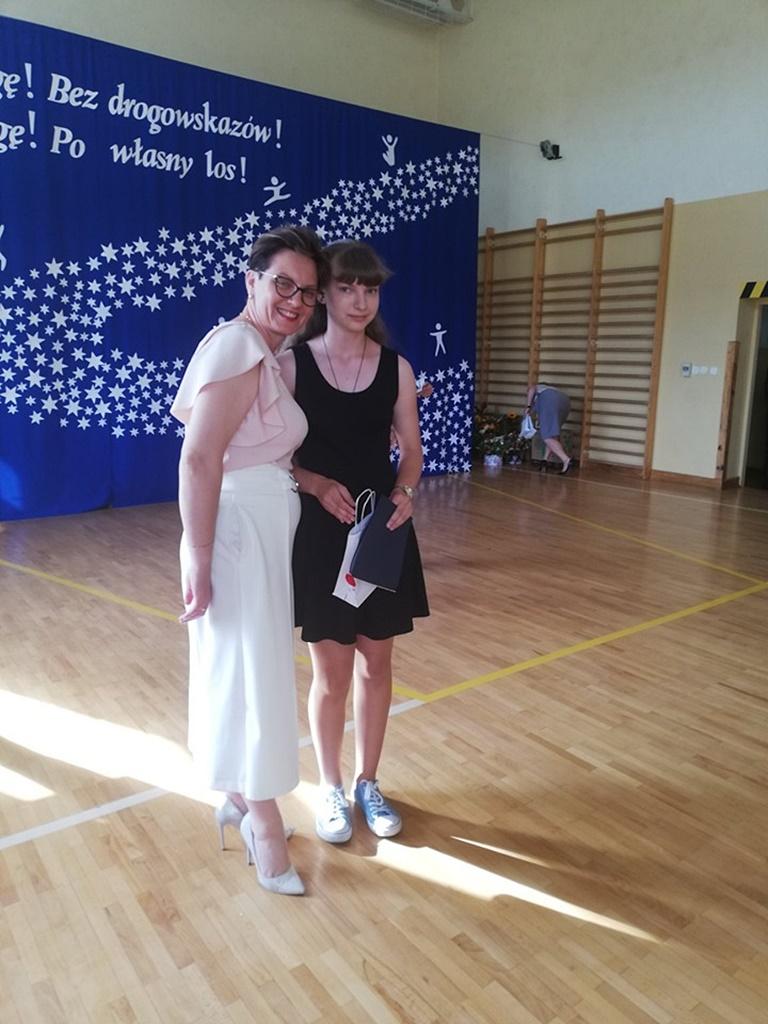 gimnazju-ruda-zakonczenie-201901-20190624-120749.jpg
