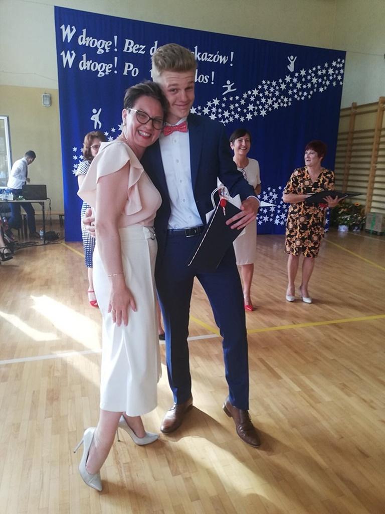 gimnazju-ruda-zakonczenie-201918-20190624-120307.jpg