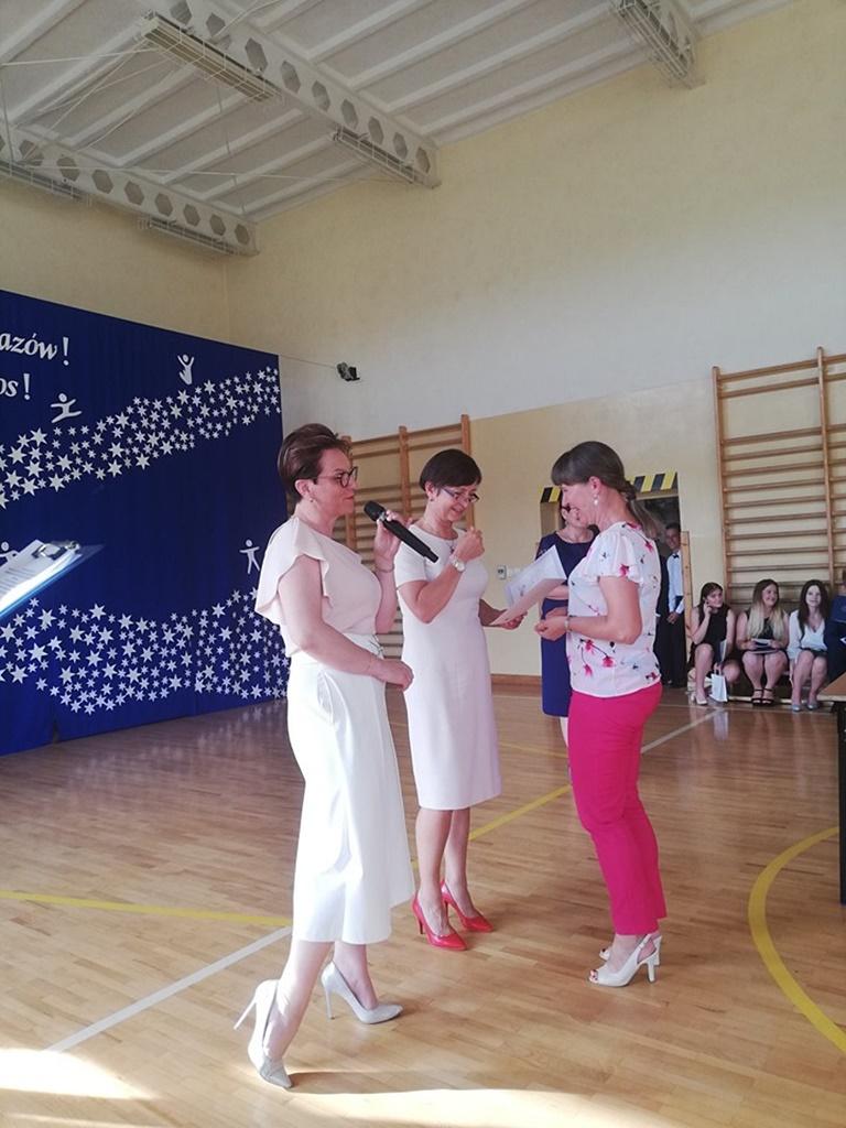 gimnazju-ruda-zakonczenie-201943-20190624-122737.jpg