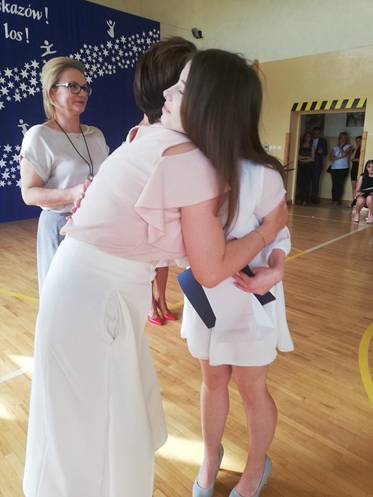 gimnazju-ruda-zakonczenie-201973-20190624-115126.jpg