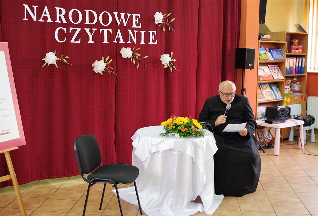 narodowe-czytanie-nowel-polskich-ckial-gmina-brody-powiat-starachowickiIMGP4684.jpg