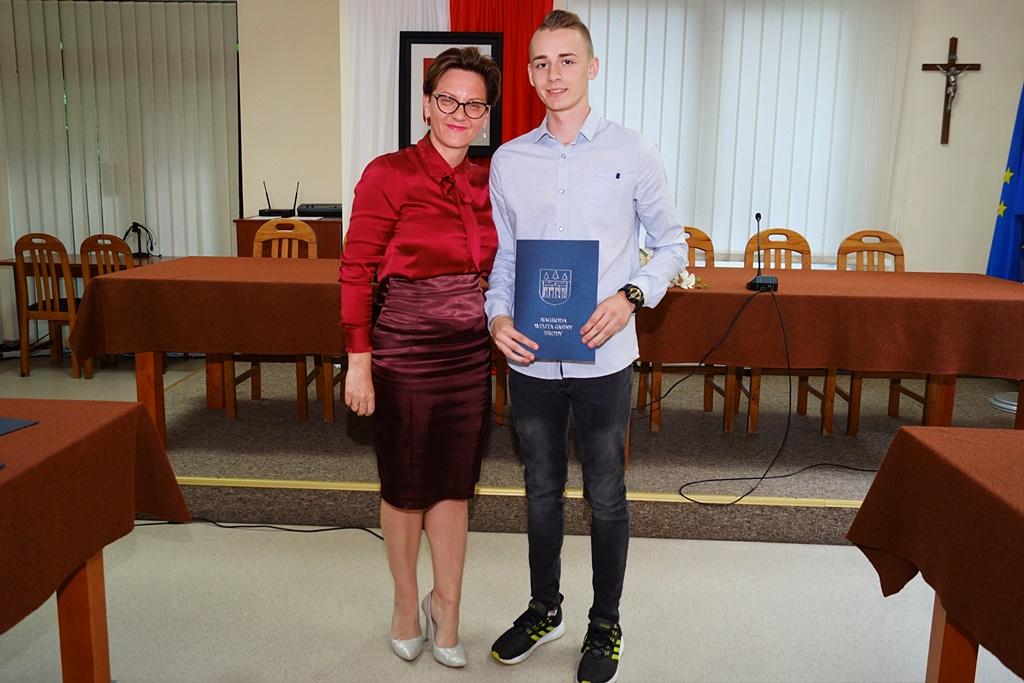 nagrody-dla-sportowcow-wojt-gminy-brody-2019DSC03554.JPG