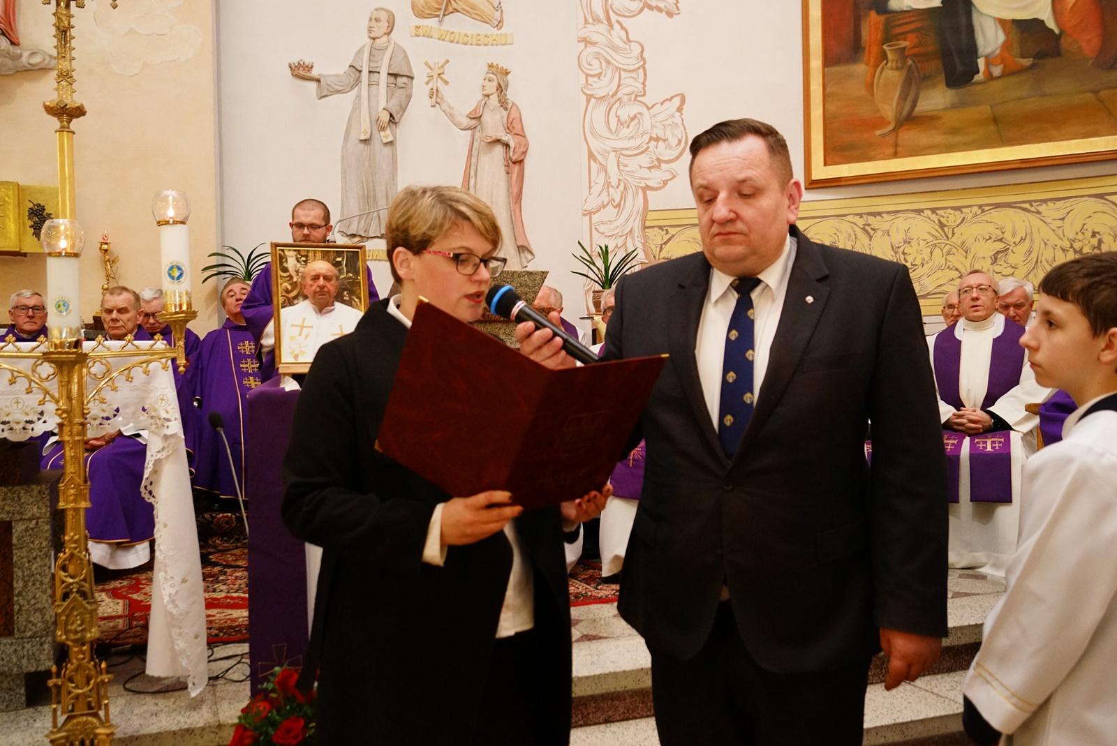pogrzeb-ks-stanislaw-kusmierczyk-stykow-gmina-brody-DSC02159-f.JPG
