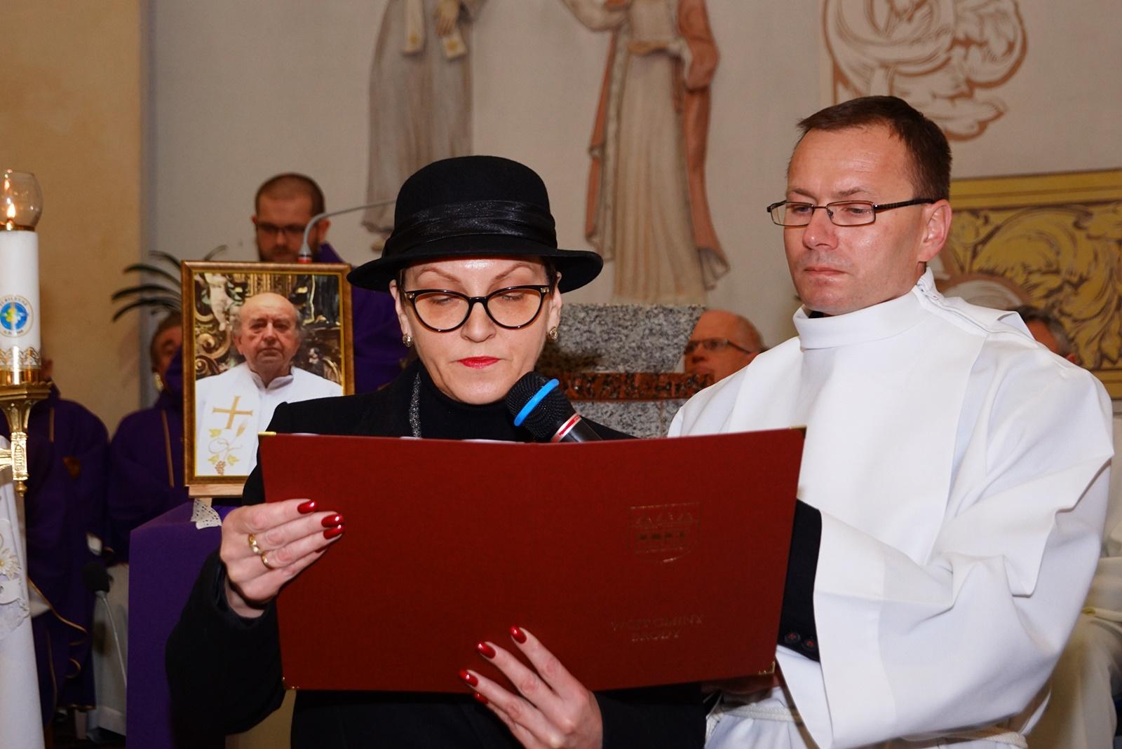 pogrzeb-ks-stanislaw-kusmierczyk-stykow-gmina-brody-DSC02166-f.JPG