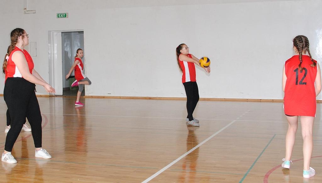 siatkowka-turniej-dziewczat-krynki-gmina-brodyDSC_0011.JPG