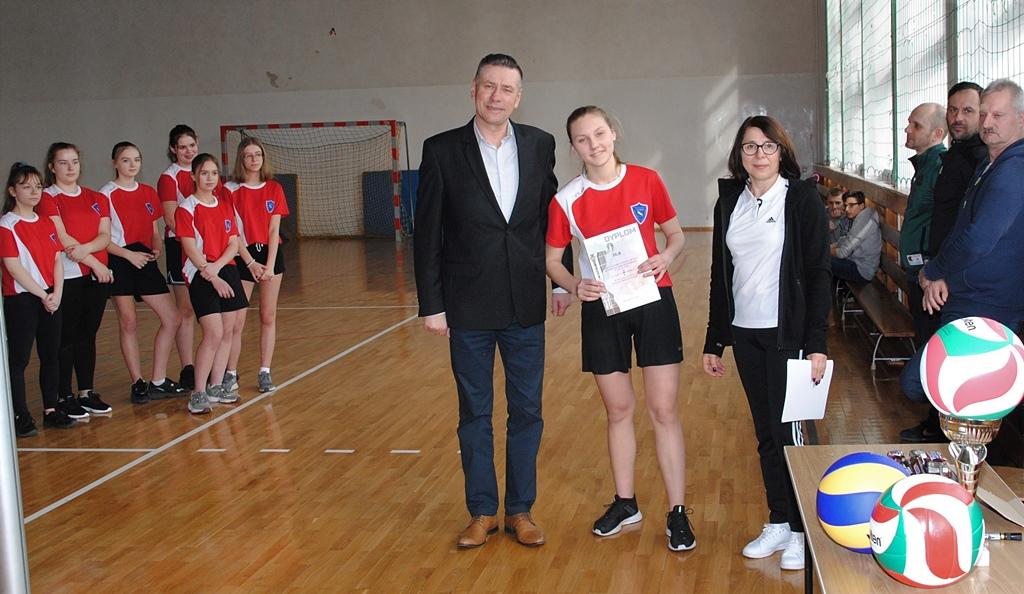 siatkowka-turniej-dziewczat-krynki-gmina-brodyDSC_0046.JPG