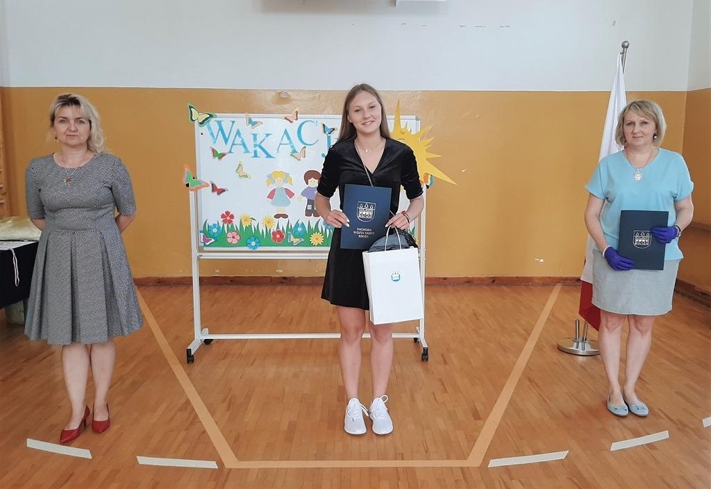 02-zakonczenie-roku-szkolnego-2019-2020-w-szkolach-gminy-brody.jpg