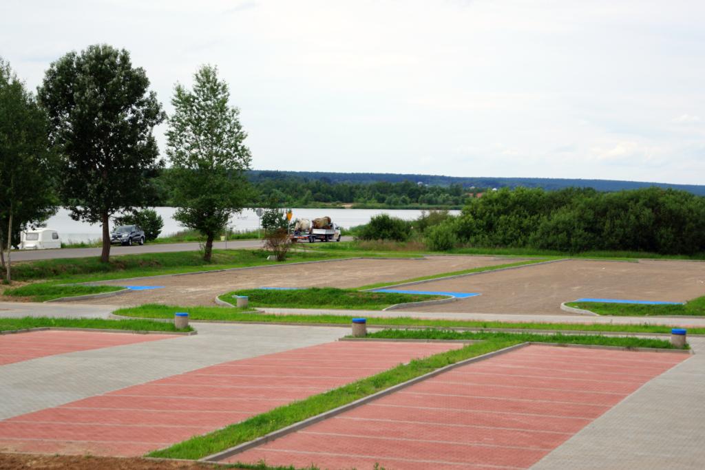 parking-panoramiczna-zalew-brodzki-centrum-turystyczne-2-3-a.JPG