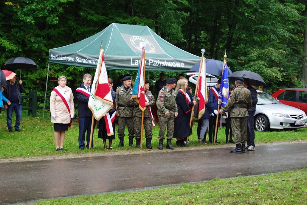 uroczystosc-patriotyczna-w-kuterach-18-09-2021-gmina-brody-powiat-starachowicki2021-09-18-11-07-52.JPG