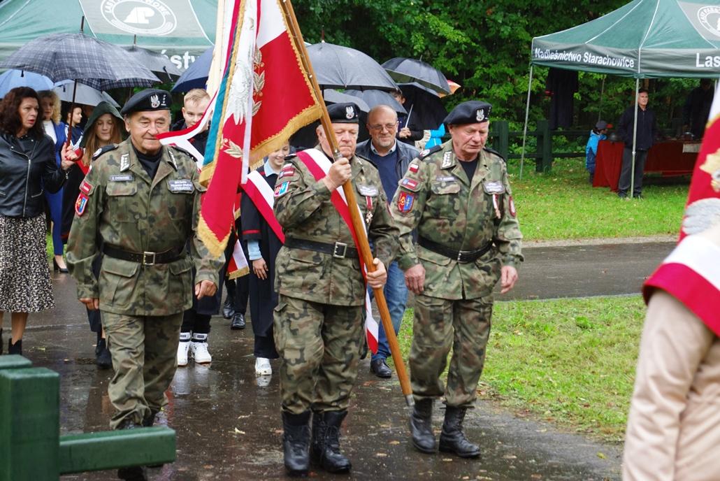 uroczystosc-patriotyczna-w-kuterach-18-09-2021-gmina-brody-powiat-starachowicki2021-09-18-11-12-37.JPG
