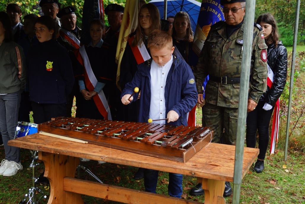 uroczystosc-patriotyczna-w-kuterach-18-09-2021-gmina-brody-powiat-starachowicki2021-09-18-11-24-36.JPG