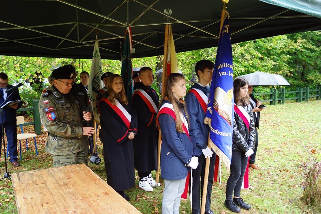 uroczystosc-patriotyczna-w-kuterach-18-09-2021-gmina-brody-powiat-starachowicki2021-09-18-12-21-01.JPG