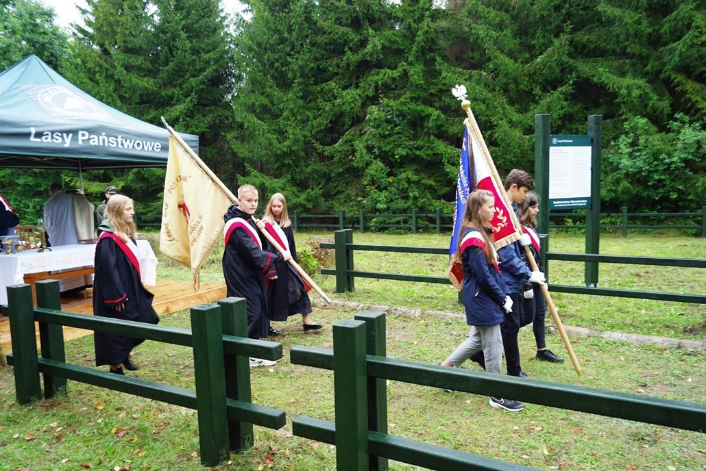 uroczystosc-patriotyczna-w-kuterach-18-09-2021-gmina-brody-powiat-starachowicki2021-09-18-12-21-29.JPG