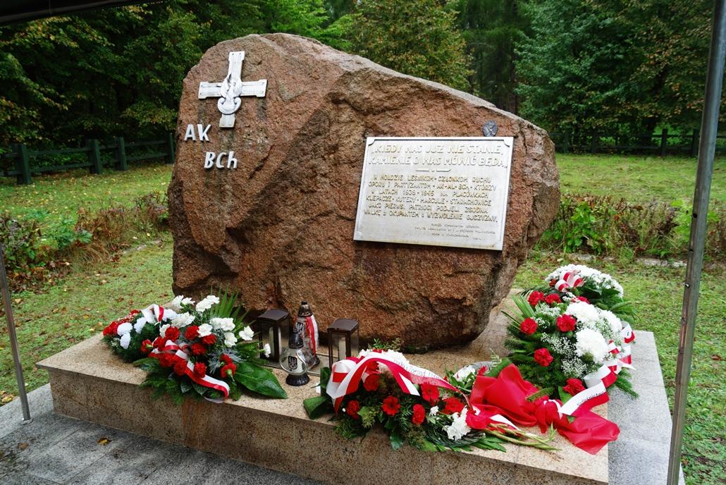 uroczystosc-patriotyczna-w-kuterach-18-09-2021-gmina-brody-powiat-starachowicki2021-09-18-12-37-19.JPG