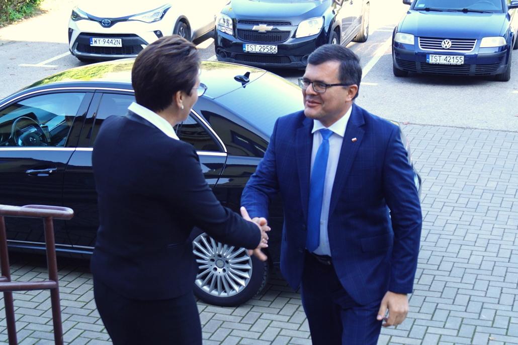 wizyta-wiceministra-piotra-uscinskiego-poslowie-wlodarze-spotkanie-27-09-2021-gmina-brody-powiat-starachowickiDSC04069.JPG