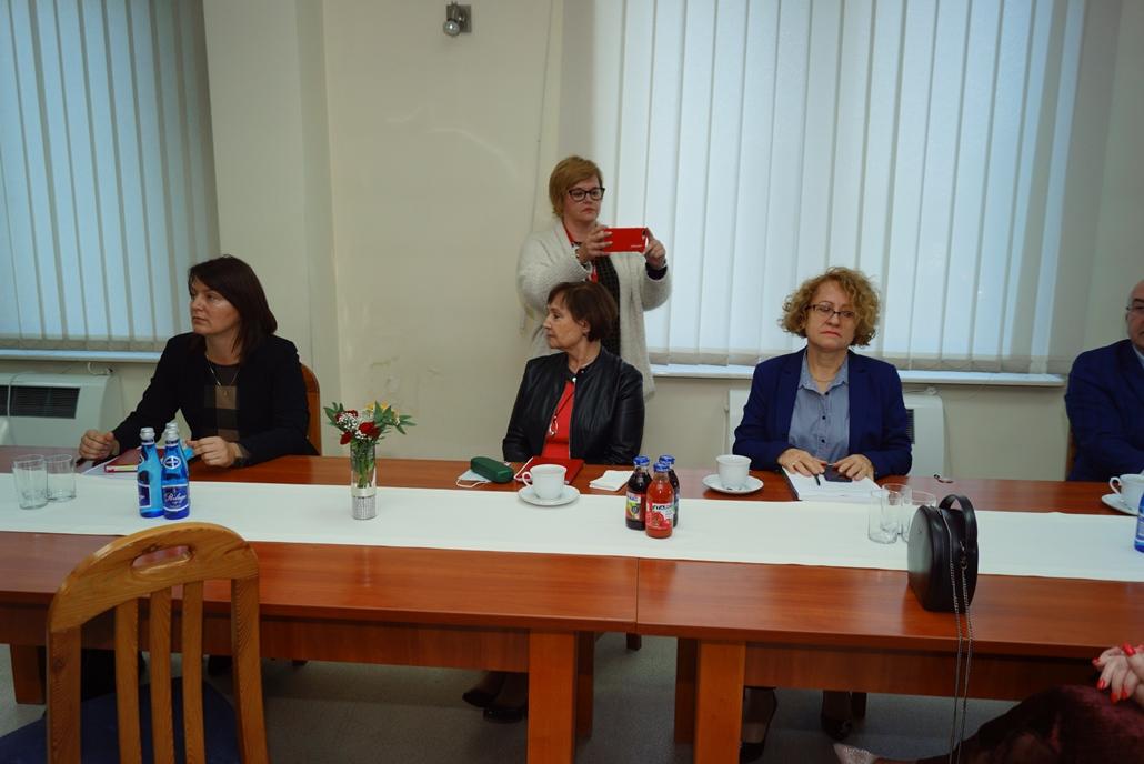 wizyta-wiceministra-piotra-uscinskiego-poslowie-wlodarze-spotkanie-27-09-2021-gmina-brody-powiat-starachowickiDSC04093.JPG